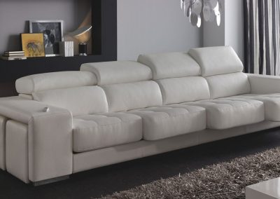 sofa shakira